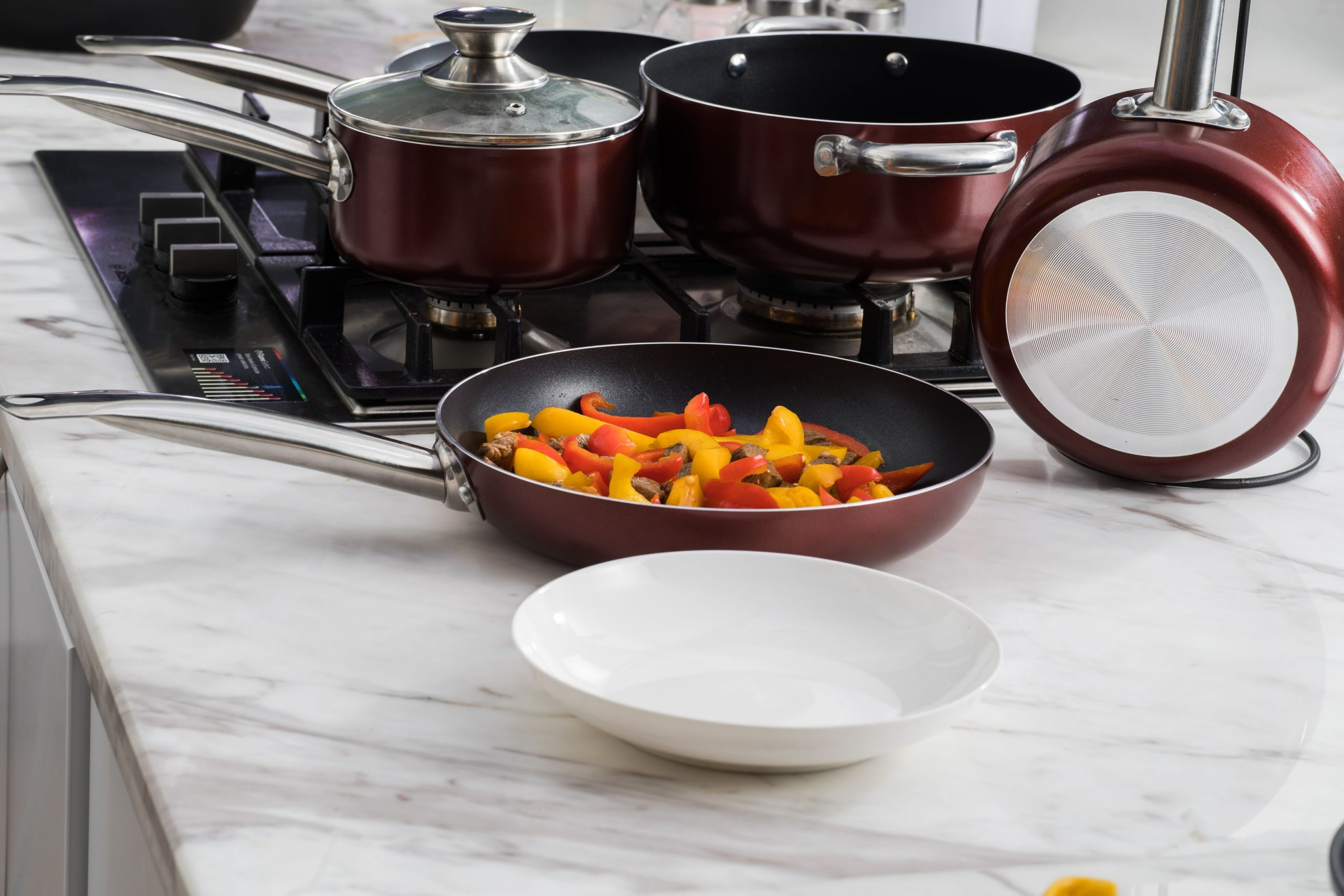 We round up the 10 best cookware and cooking pan sets for your kitchen.